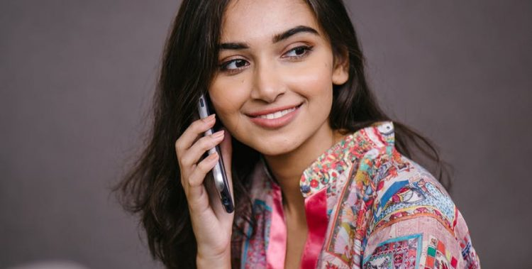How To Manifest Someone To Call You